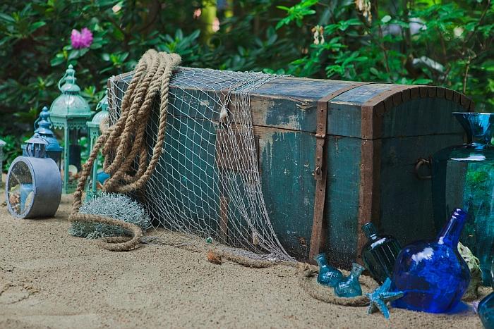 0 (5)-skrzynia-z-siatka-rybacka