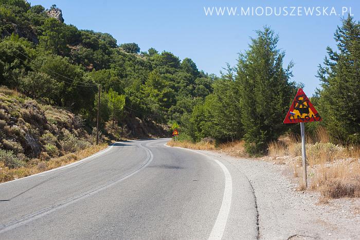 1-greece-roads