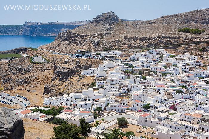 8-biale-domy-w-grecji