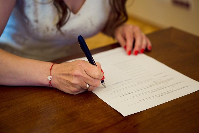 2 (29)-jak-sie-podpisac-na-slubie