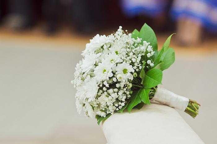 8-68-biale-kwiaty-na-slub