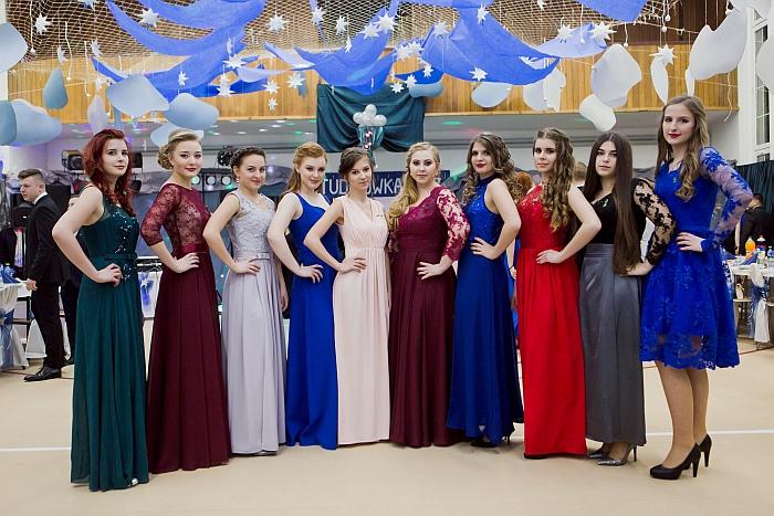 2 (7)-sukienki-na-studniowke